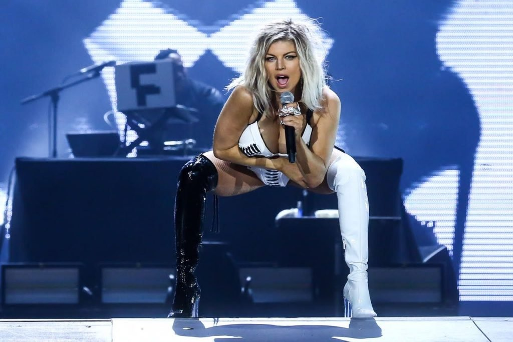 Fergie Brings Her Sexy Stage Outfits Into The Bedroom