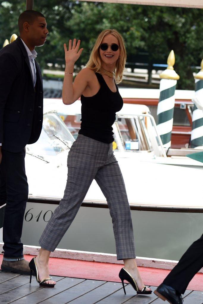 Jennifer Lawrence Sexy (34 Photos)