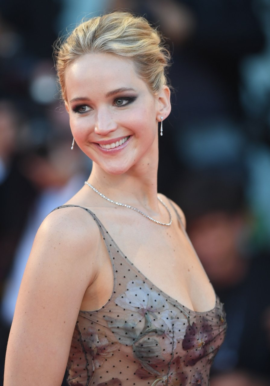 Jennifer Lawrence Sexy (36 Photos + Video) | #TheFappening