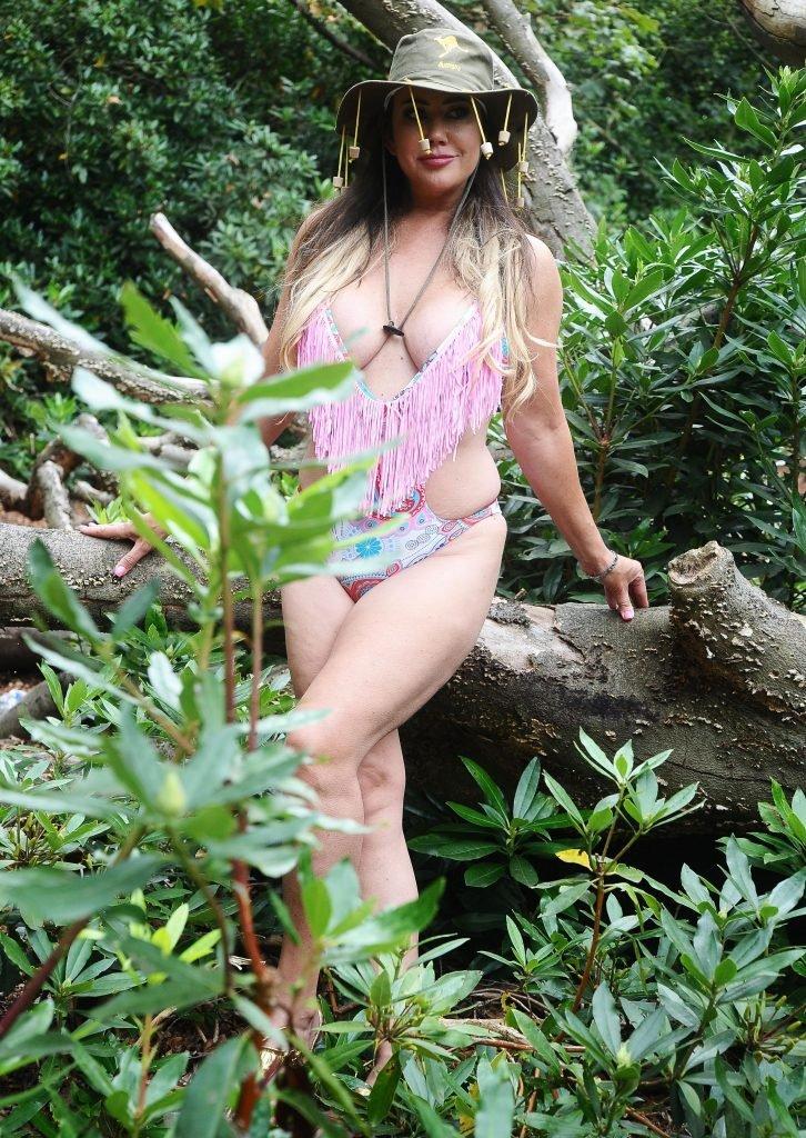 Lisa Appleton Sexy (12 New Photos)