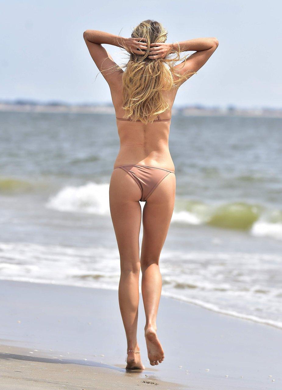 nudes (79 photos), Ass Celebrites images