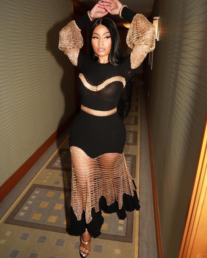 Nicki Minaj See Through (2 Photos)