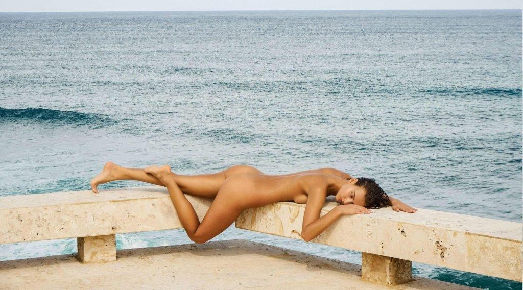 Rachel Cook Nude (New Photo)