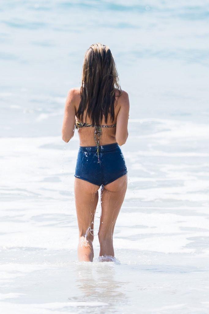 Rachel McCord Sexy (28 Photos)