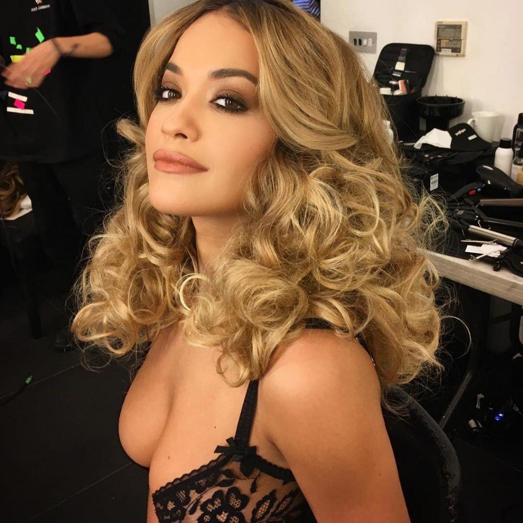 Rita Sahatçiu Ora Sexy (New Photo)