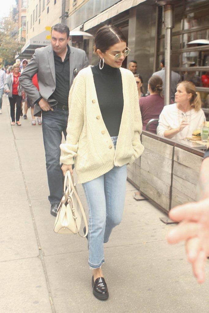 Selena Gomez Sexy (28 Photos)