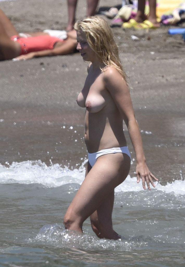 Sigrid Bernson Topless (20 Photos)