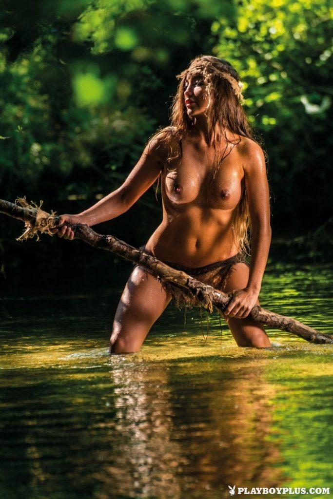 Arijana Marić Naked (11 Photos)