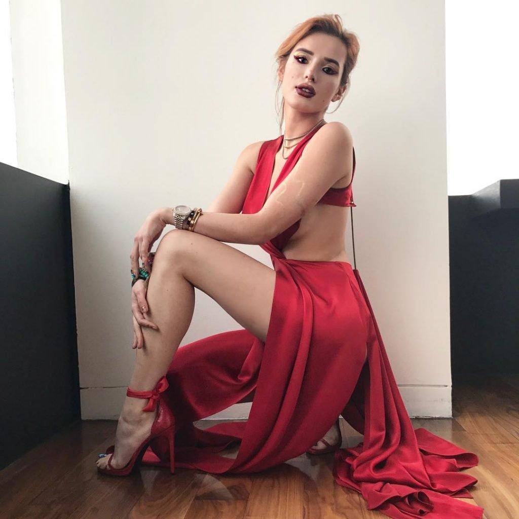 Bella Thorne Sexy (23 Pics + Gifs & Videos)