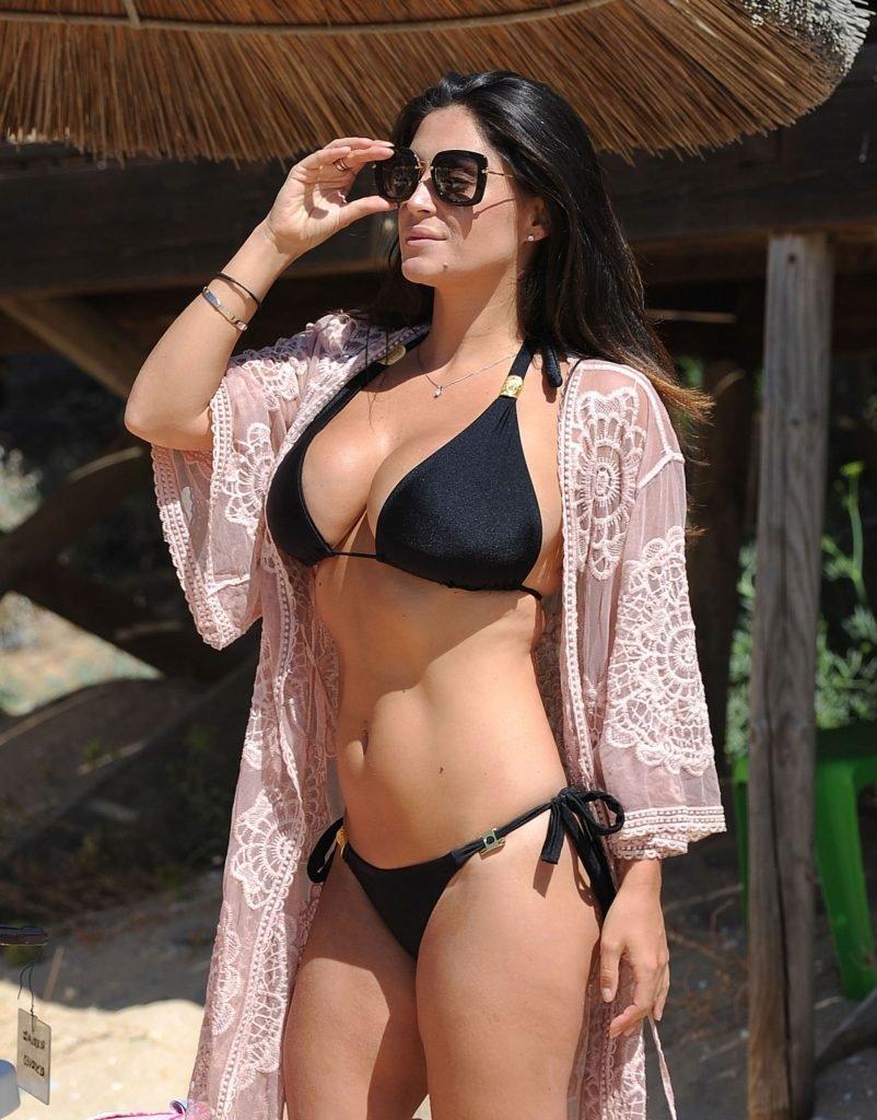 Casey Batchelor Sexy (20 New Photos)
