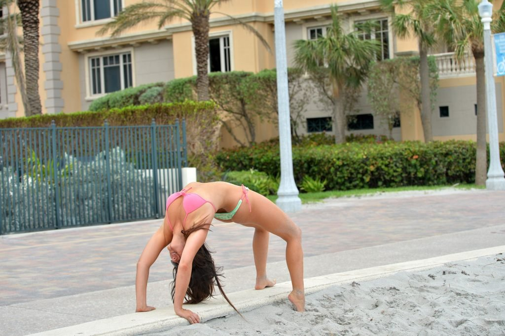 Claudia Romani Sexy (22 New Photos)