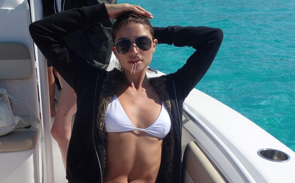 Daniela Lopez Osorio Sexy (22 Photos + Video)