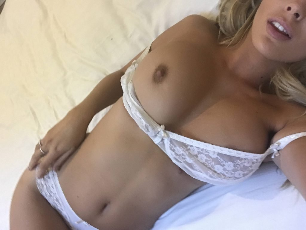 Danielle Sellers Nude (23 Photos)