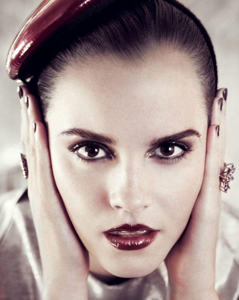 Emma Watson Sexy (8 Photos)