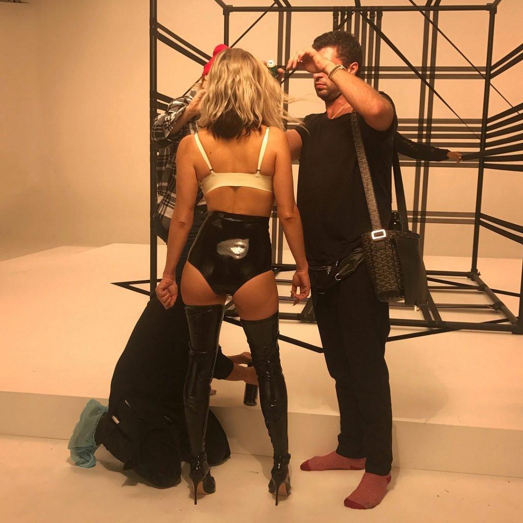 Fergie Sexy (5 Photos + Video)