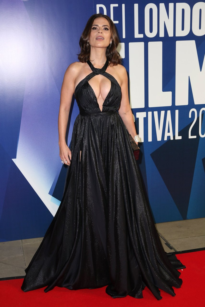 Hayley Atwell Sexy (33 Photos) | #TheFappening