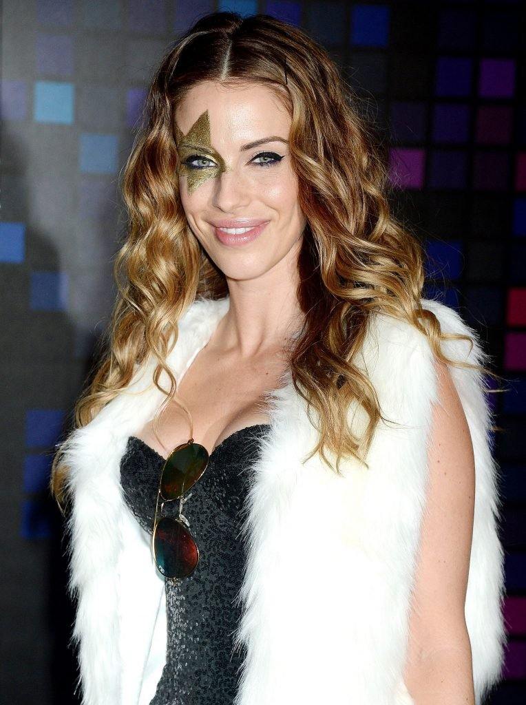Jessica Lowndes Sexy (8 Photos + Gif & Video)