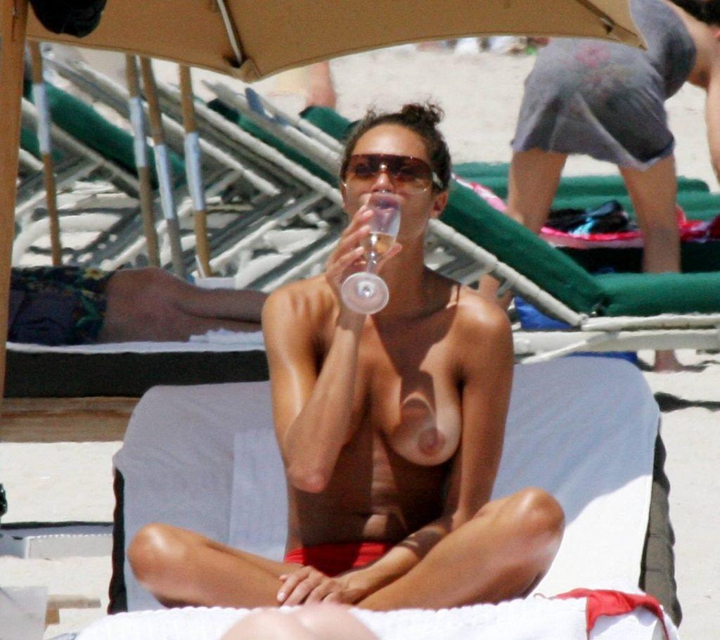 Lilly Becker Topless (8 Photos)