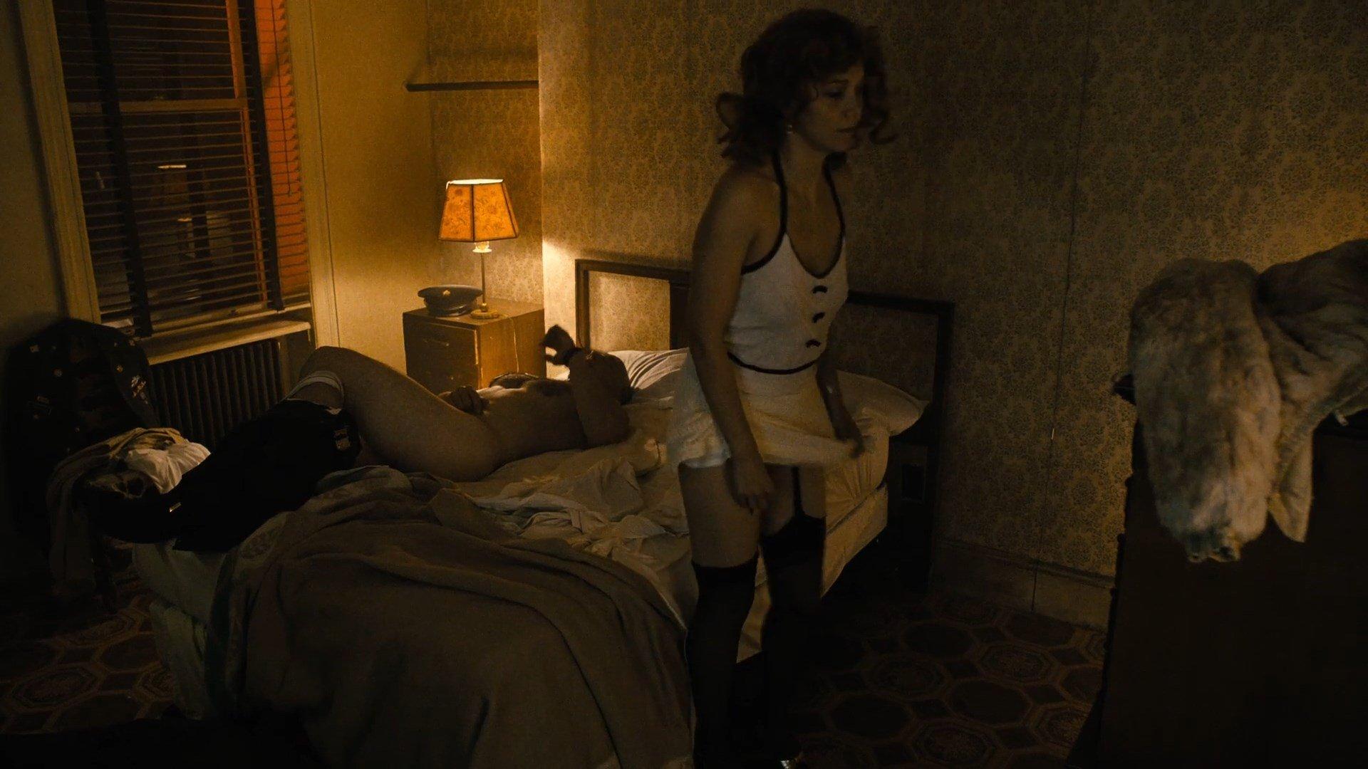 Maggie gyllenhaal the deuce s01e05 masturbate - 3 part 2