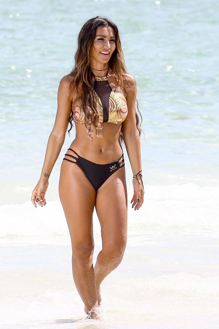 Metisha Schaefer Sexy (45 Photos) | #TheFappening