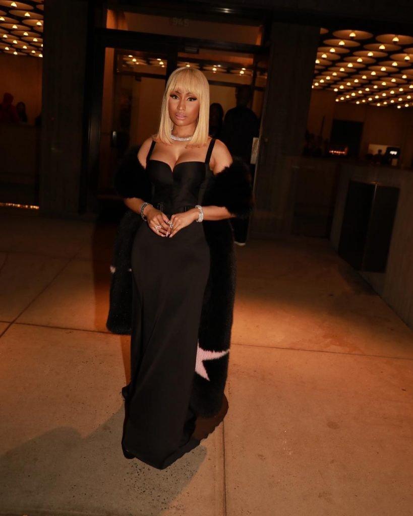Nicki Minaj Sexy (9 New Photos)