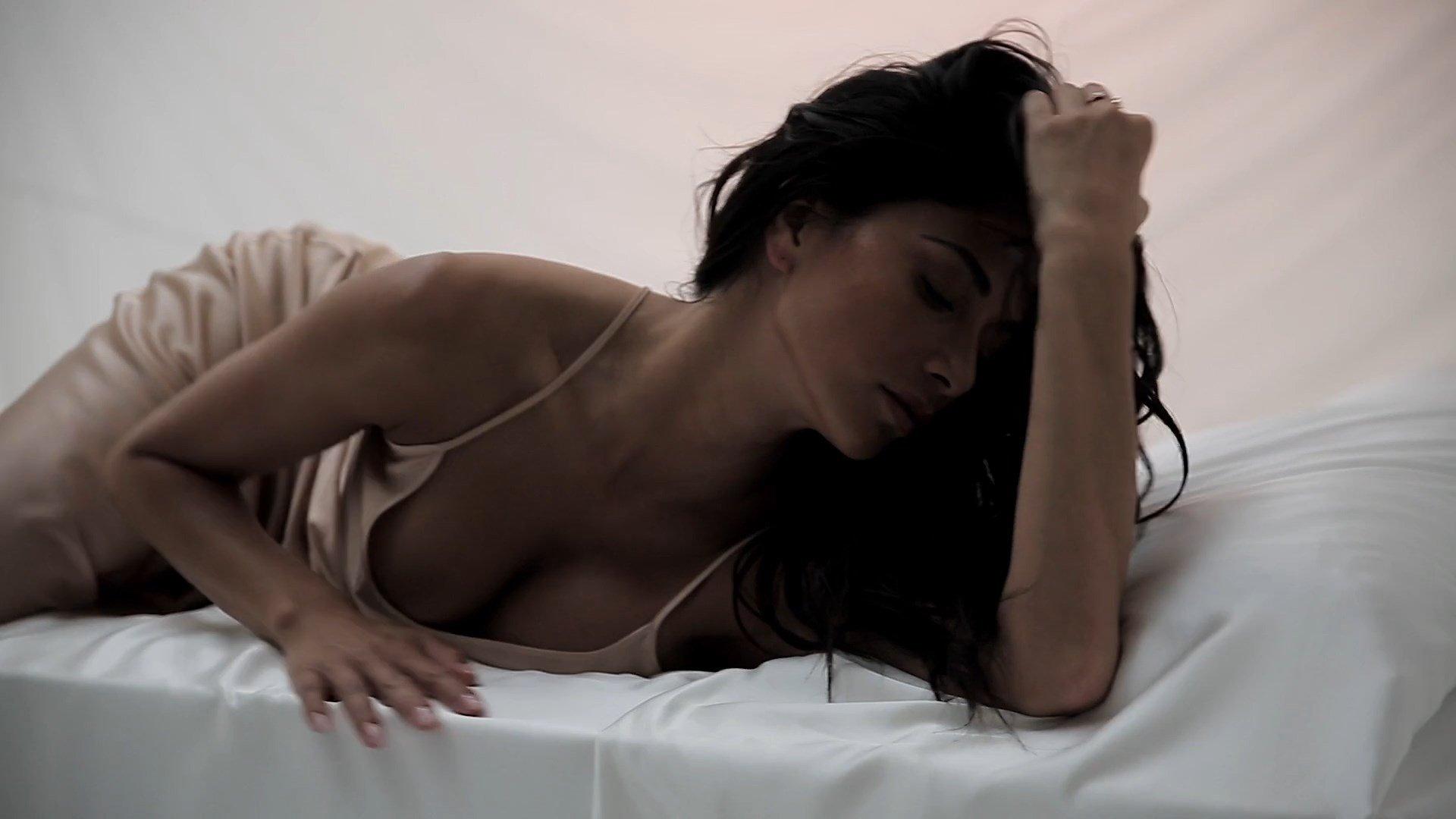Warm Nicole Scherzinger Nude Porn Pic