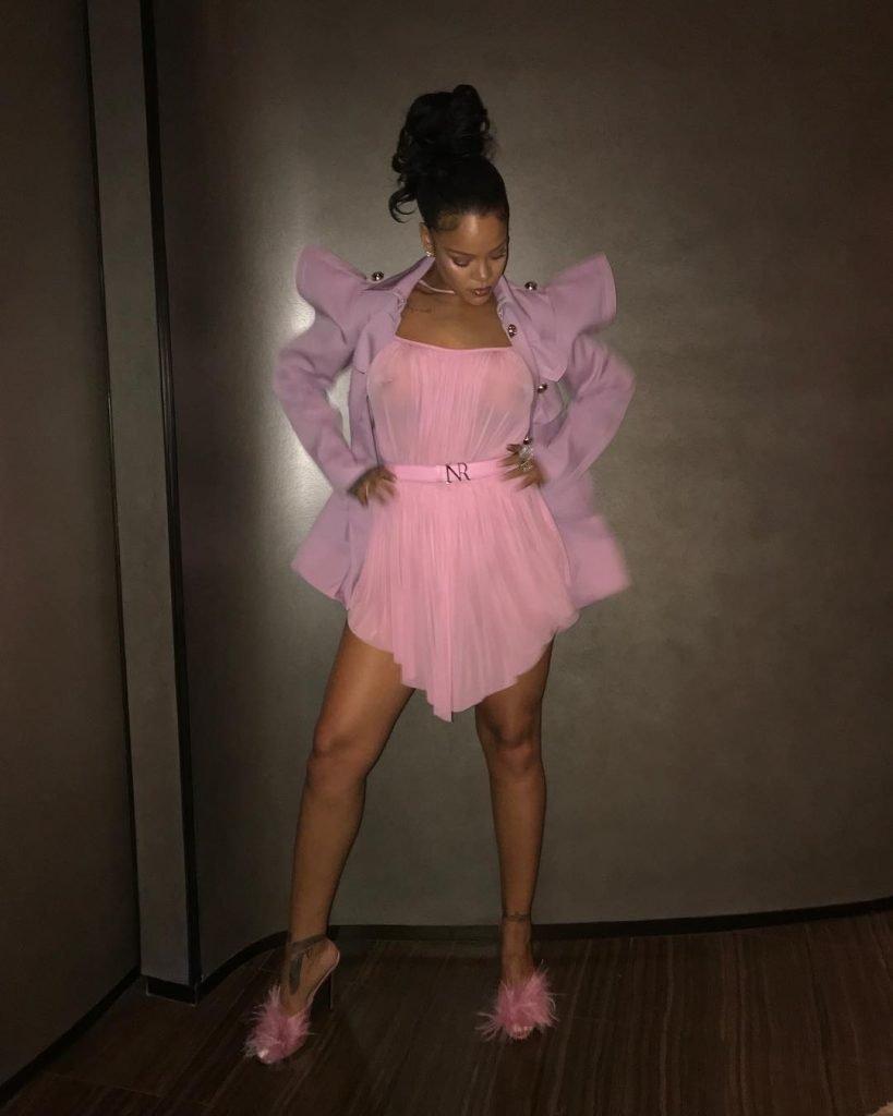 Rihanna See Through (3 Photos)
