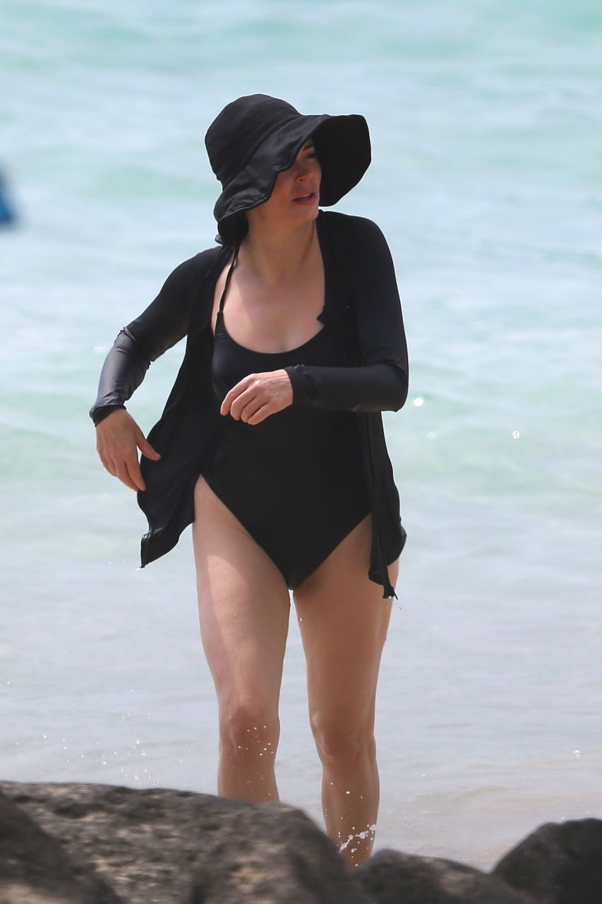 Cleavage Leaked Rose McGowan (born 1973 (American actress born in Florence, Italy)  nude (61 photo), YouTube, legs