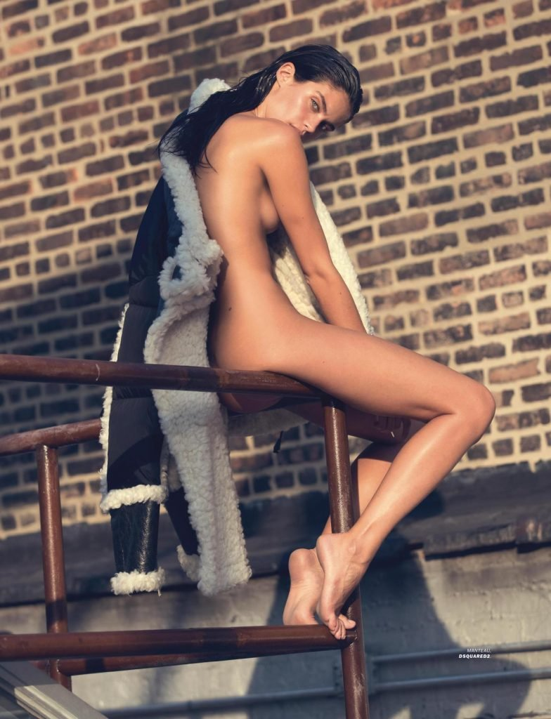 Sara Sampaio Sexy & Topless (13 Photos)