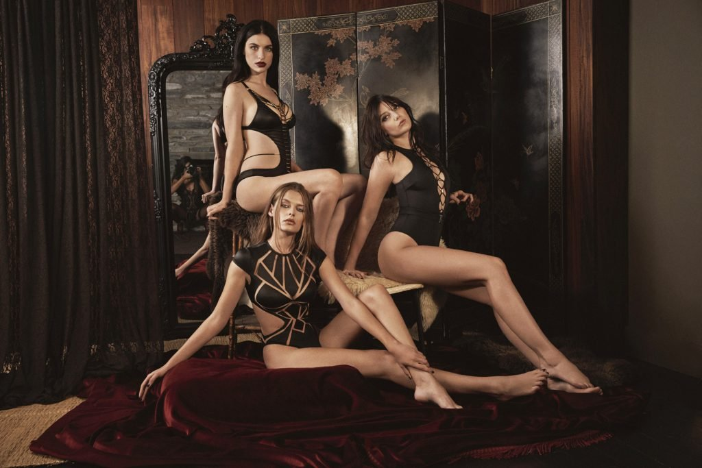 Solveig Mork Hansen, Daisy Lowe, Tali Lennox Nude & Sexy (25 Photos)