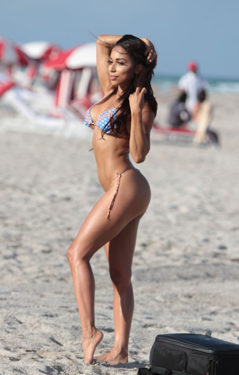 Sophia Leger Valere Nude Photos 40