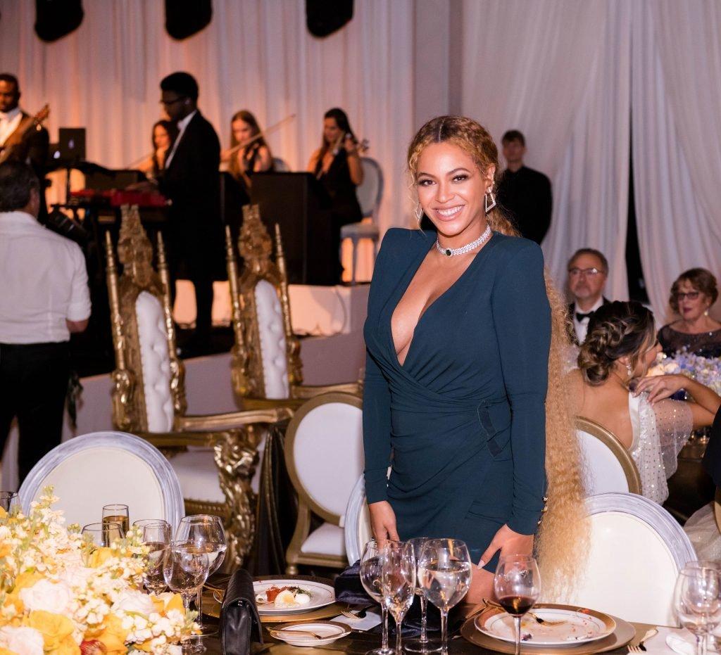 Beyoncé Sexy (12 Photos)