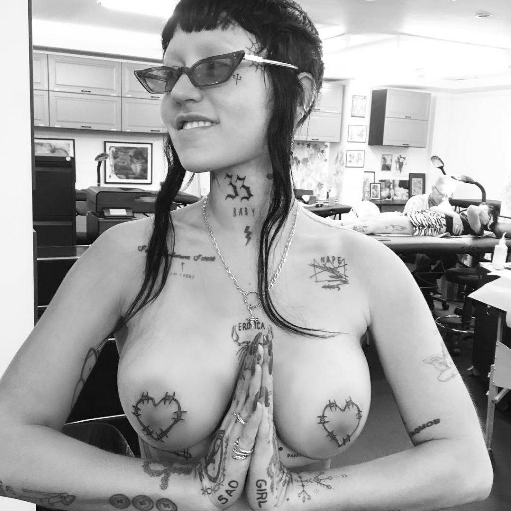 naked (85 photos), Bikini Celebrites pictures