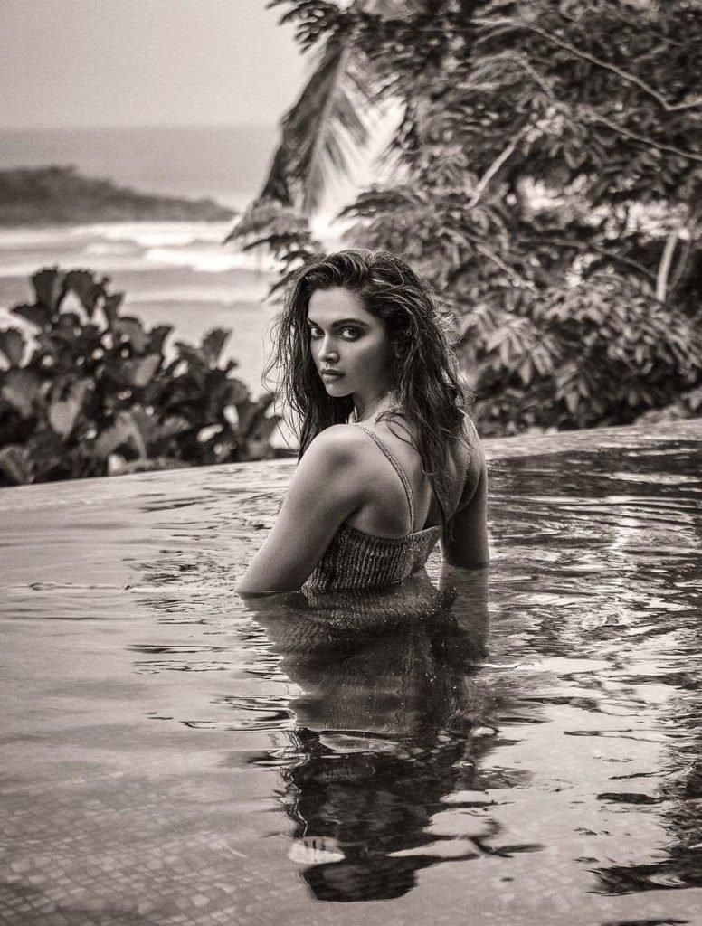 Deepika Padukone Sexy (11 Photos)