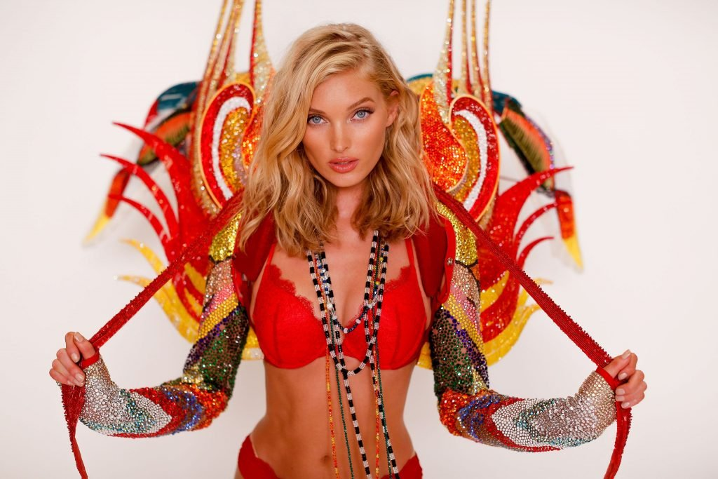Elsa Hosk Sexy (7 Photos + Video)