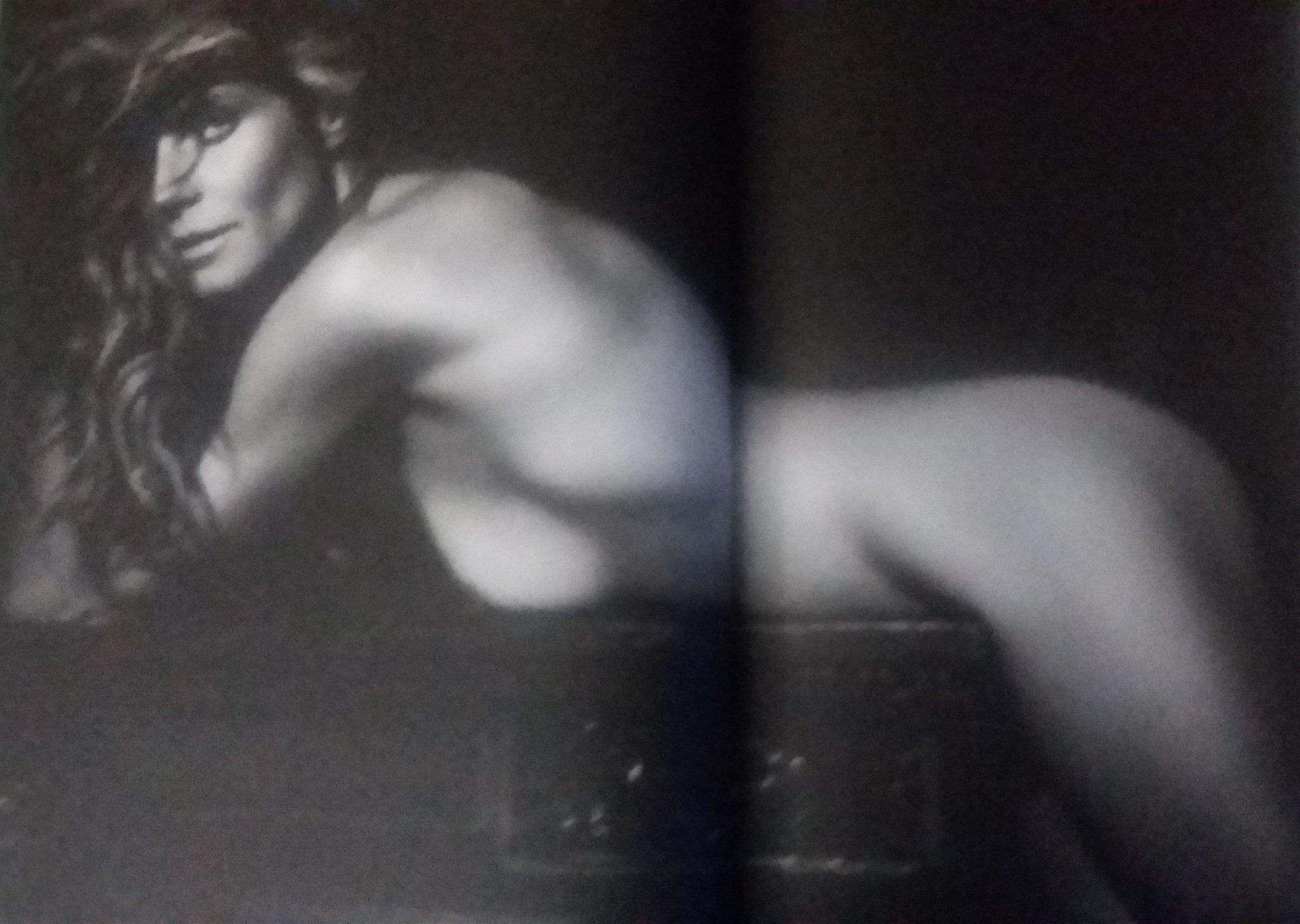 Bell  nackt Ruth 1980 Summer