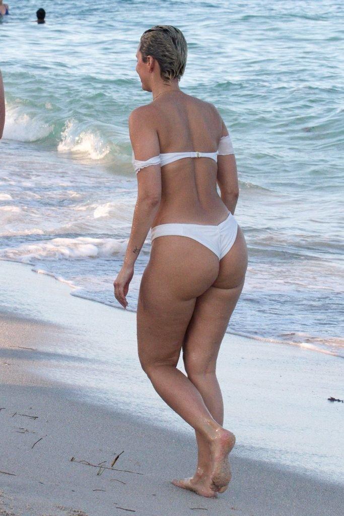 Julieanna Goddard Sexy (27 Photos + Video)