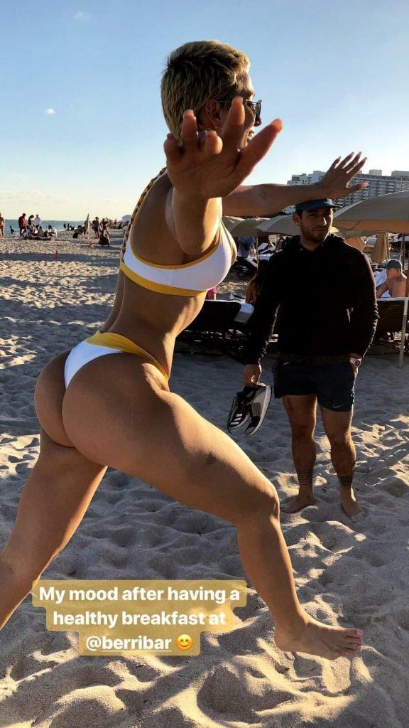 Julieanna Goddard Sexy (19 Photos + Gif)