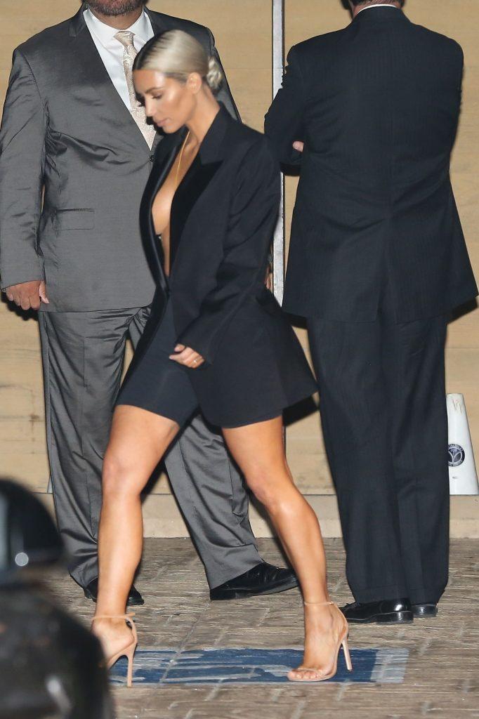 Kim Kardashian Braless (16 Photos + Video)