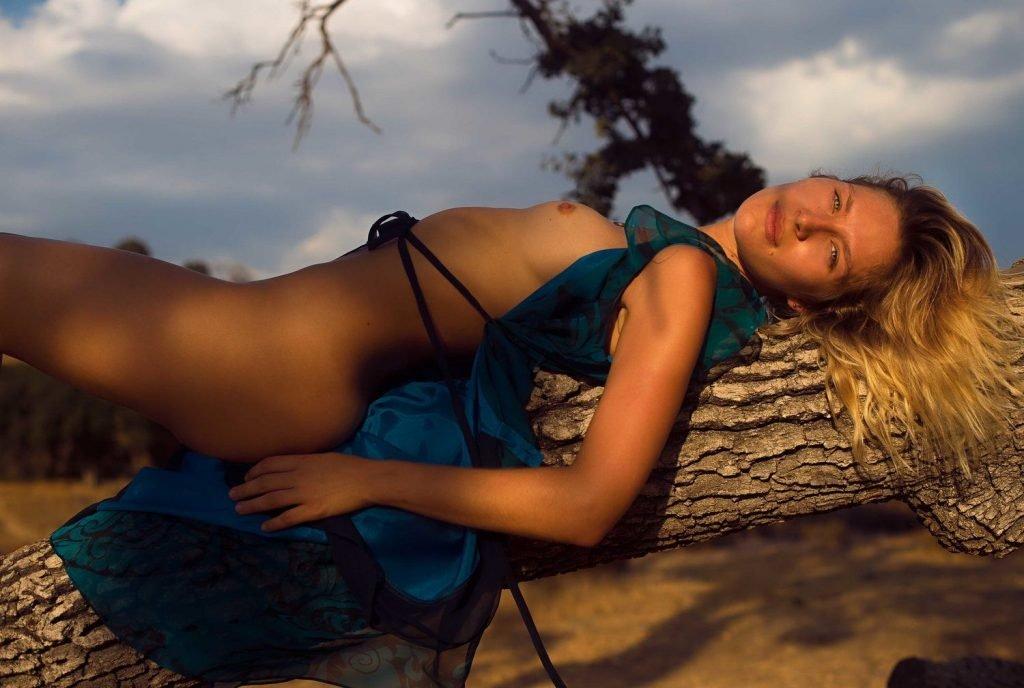 Lauren Bonner Nude (17 Photos)