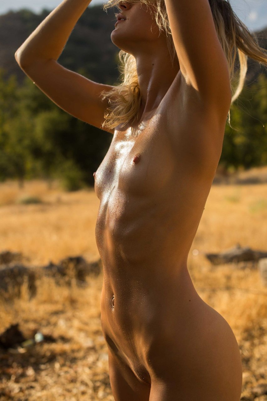lane lauren nackt
