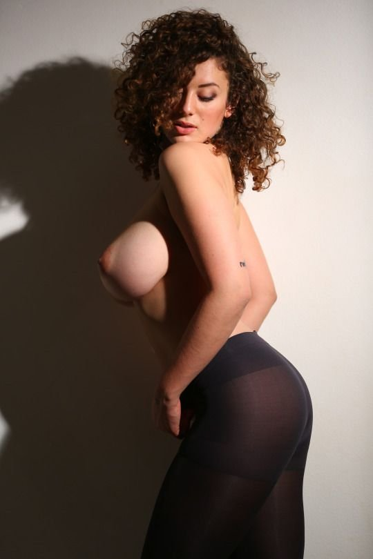 Leila Lowfire Nude 76 Photos Gif Thefappening