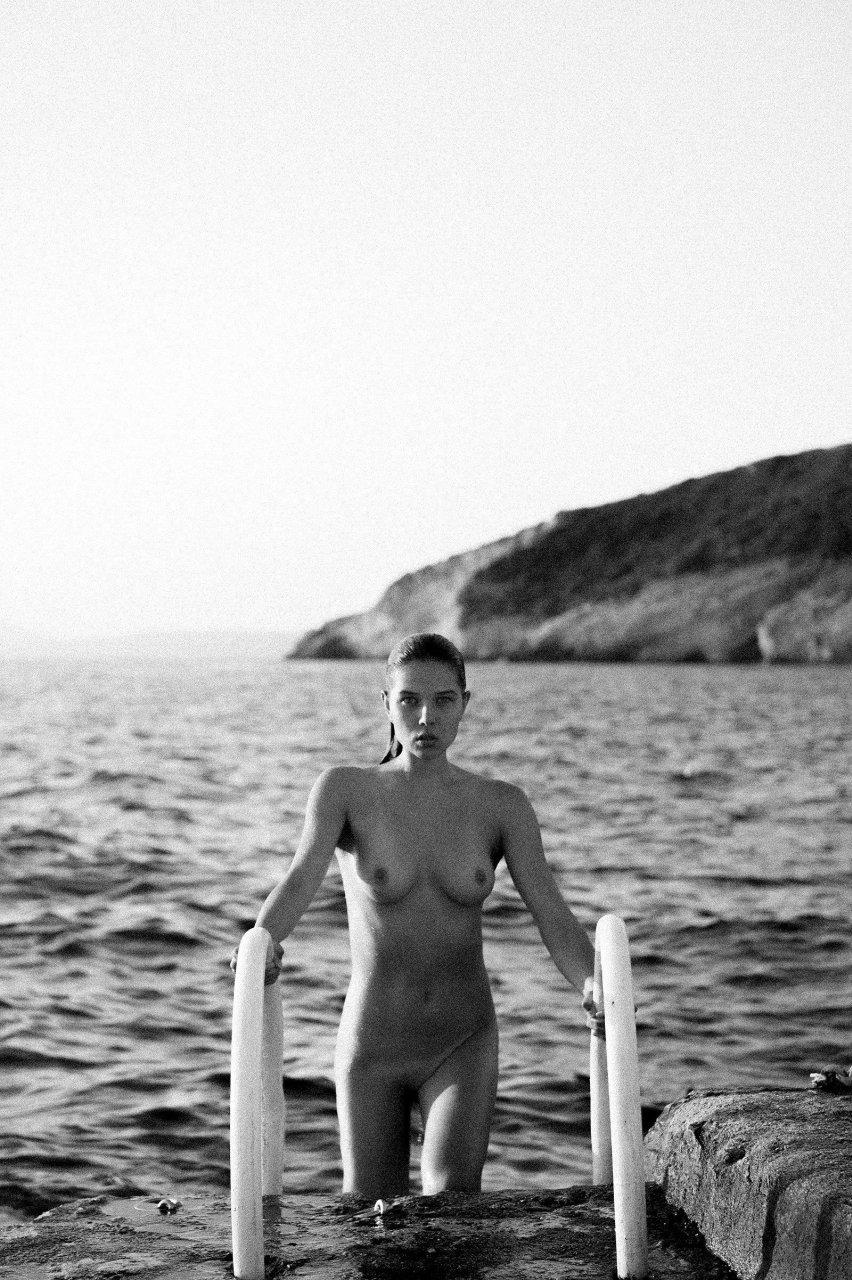 Nackt  Lisa-Marie Jaftha Madalina pica