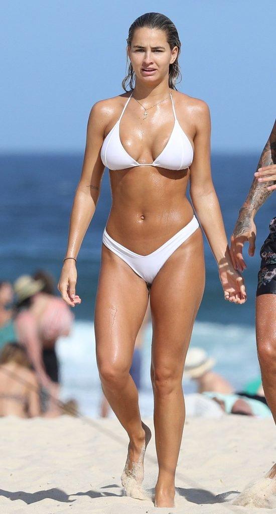 Madison Edwards Sexy (44 Photos)