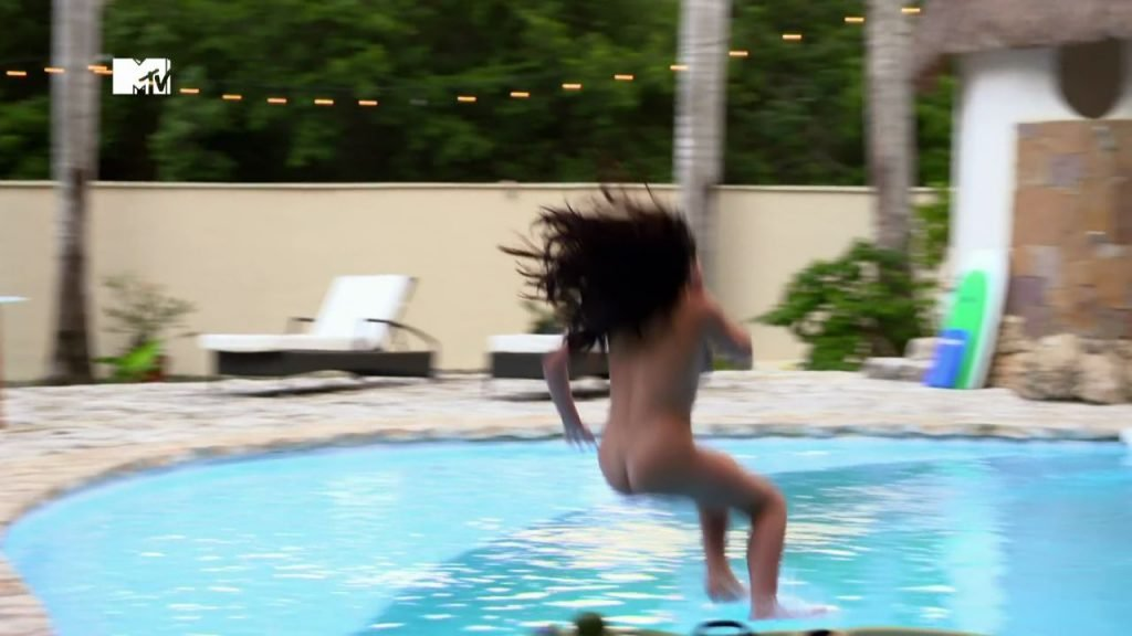 Marnie Simpson Naked (5 Pics + Video & Gif)