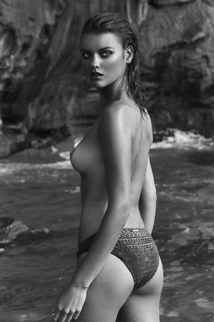 Montana Cox Topless & Sexy (8 Photos)