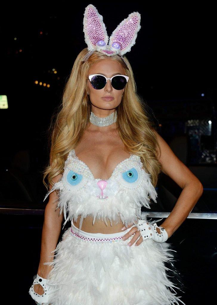 Paris Hilton Sexy (21 Photos)