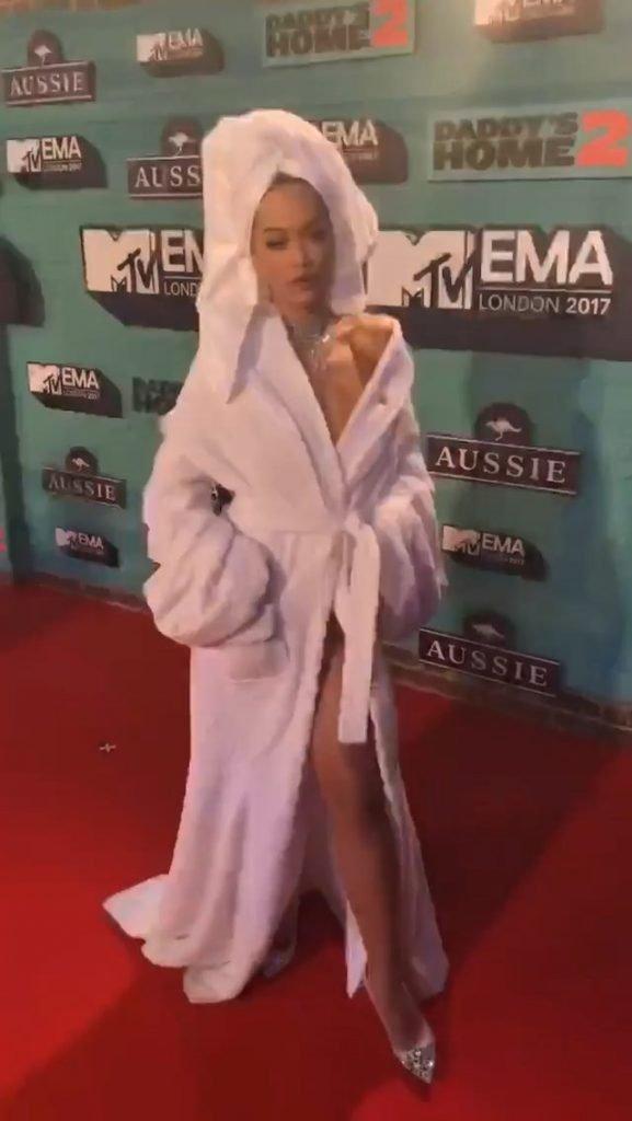 Rita Ora Sexy (22 Photos + Gif & Videos)