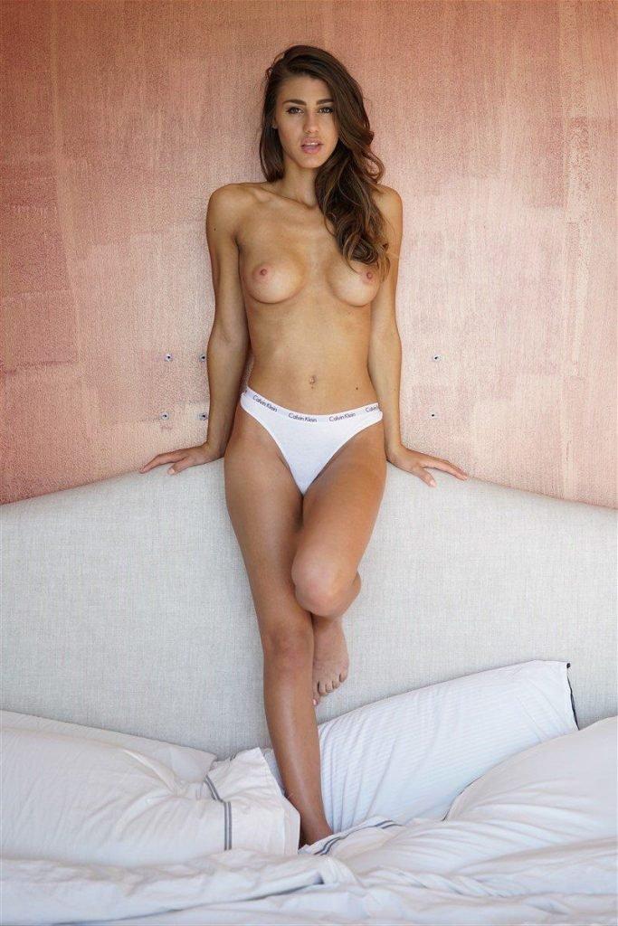 Nude sheridan rhode