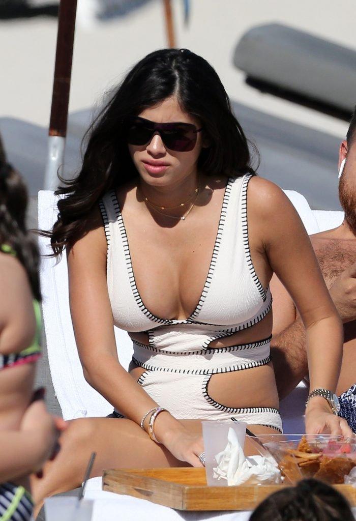 Alexandra Rodriguez Sexy (24 Photos + Gifs)
